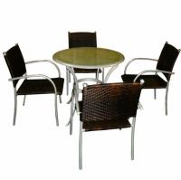 Промоция на Комплект маса със столове за градина