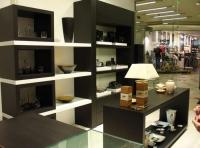 Промоция на Дизайнерски стелажи за магазини