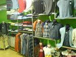 Промоция на fabricarea de îmbrăcăminte rafturi