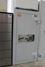 Промоция на Дизайнерски офис метални шкафове за класьори Бургас